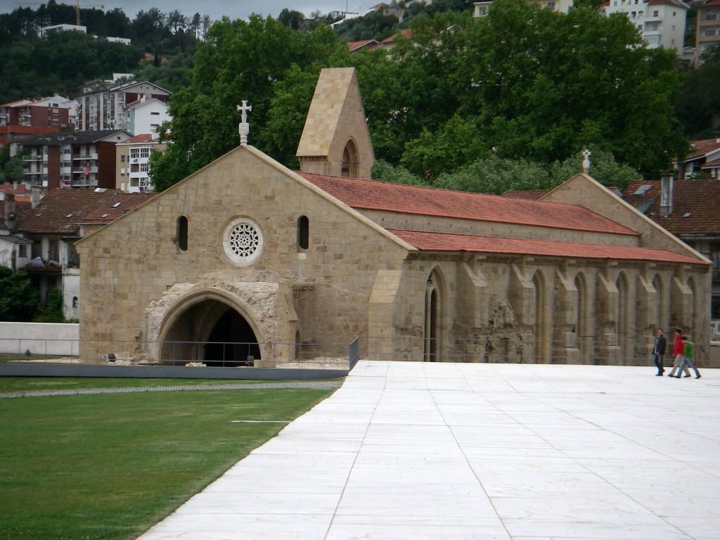 Mosteiro_de_Santa_Clara-a-Velha_3